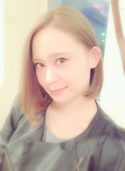 本田しおり 画像.jpg